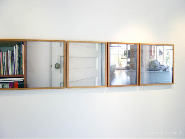 Instalación de 19 fotografías impresas a inyección de tinta sobre papel de acuarela
