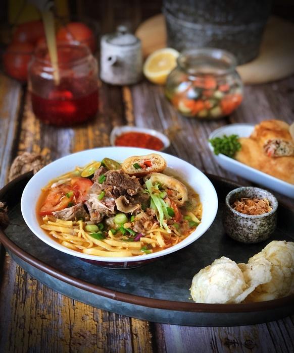 Bumbu Soto Medan : bumbu, medan, Indonesia, Herbed, Noodle, Vegetable, Spring, Rolls, Making, Memories, Every