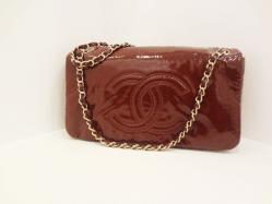 Chanel burgundy chain shoulder bag - $899