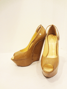 Guiseppe Nude Wedges - $259