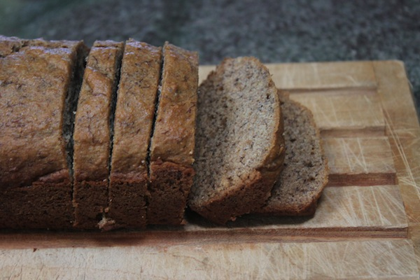 thegrommom.com no sugar whole wheat banana bread