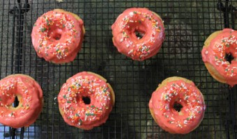 Strawberry Yogurt Donuts! I love you.