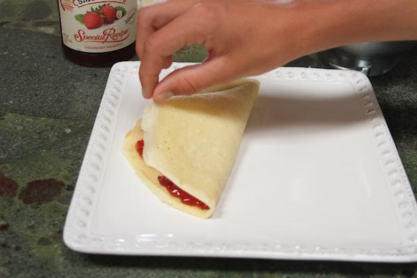 Folding icelandic pancakes