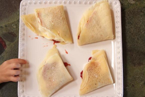 Icelandic Pancakes @thegrommom.com