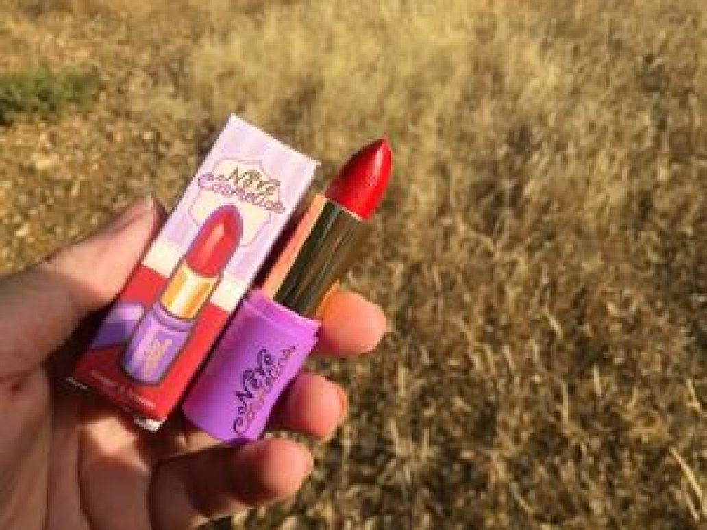 Monica-Vizuete-Neve-cosmetics-review