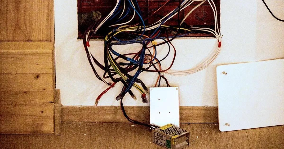 Ideale per costruire velocemente un impianto elettrico per il garage, la cantina, il ripostiglio o il laboratorio del fai da te. Impianto Elettrico A Norma Com E Fatto E Quanto Costa Guida Completa