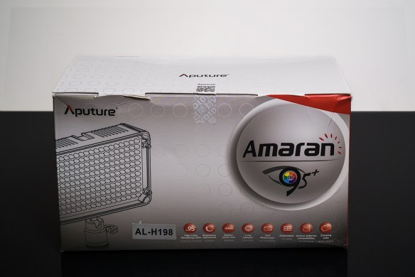 Aputure Amran AL-H198 in the box