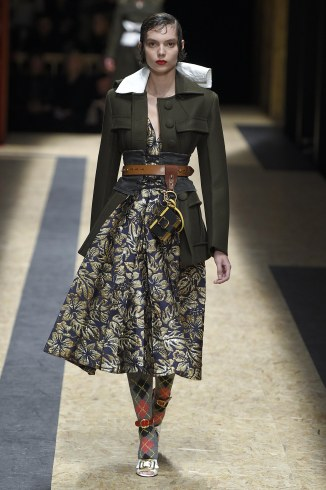 Prada fall/winter 2016. Source: vidapress