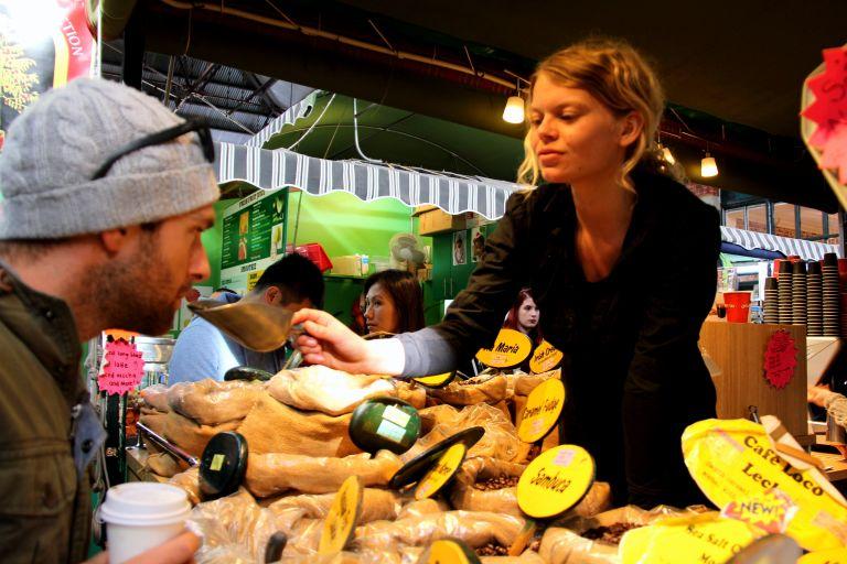 MoniqueLivesLife - Fremantle Markets