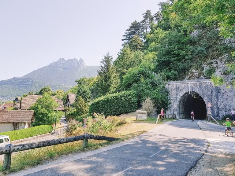Riding Lake Annecy 3