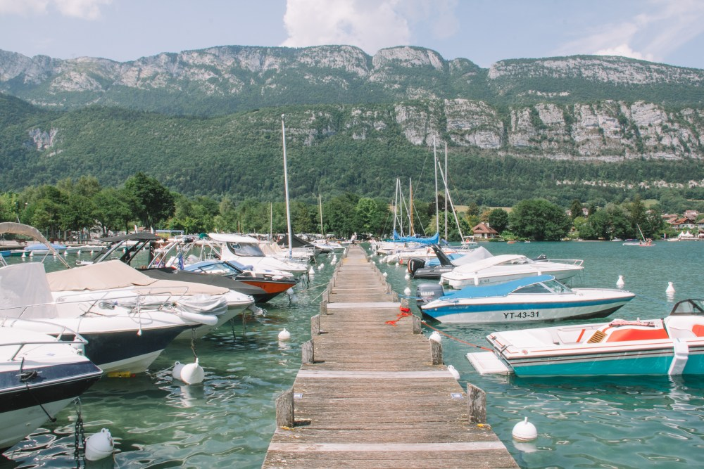 Riding Lake Annecy 5