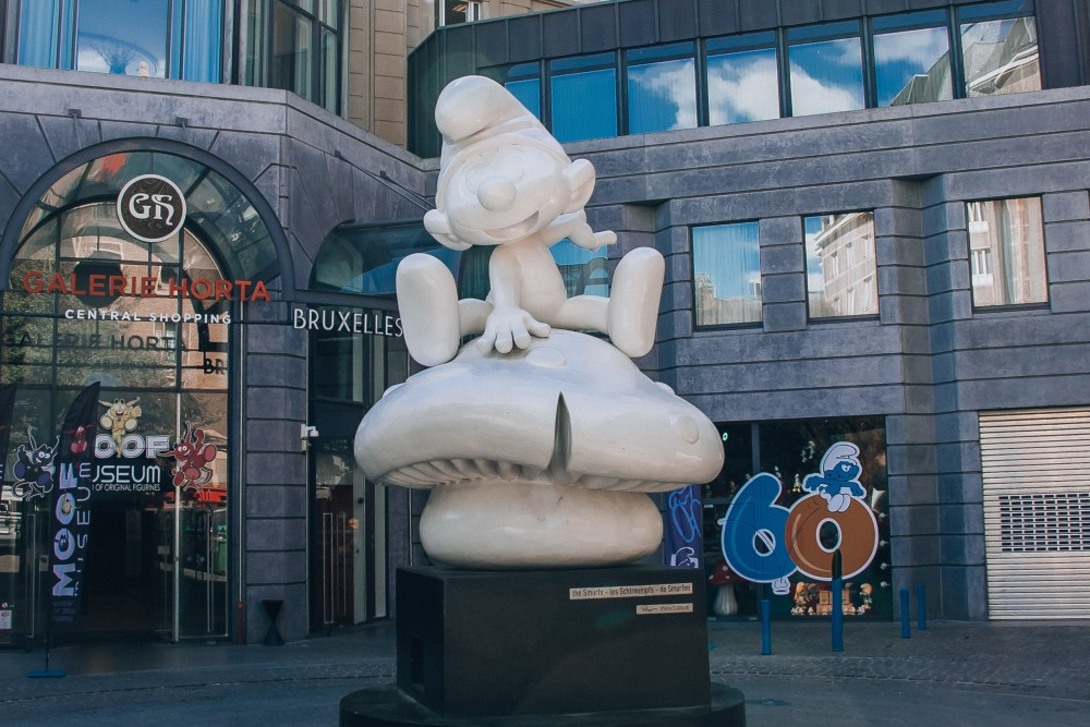 Smurf Statue in Brussels City