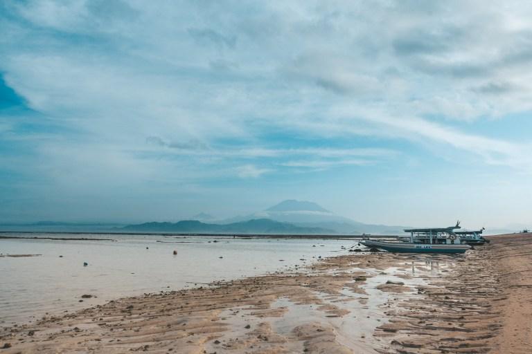 Nusa Lembongan Bali Visa Mount Agung