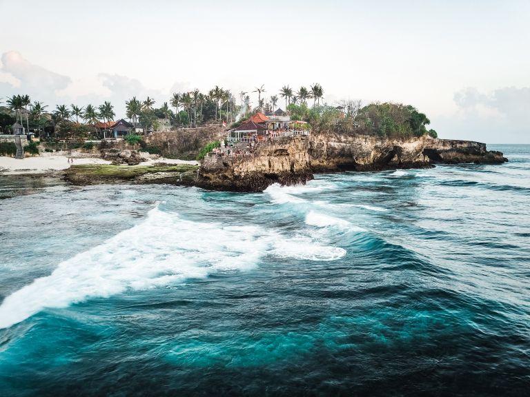 Explore Nusa Lembongan Bali Indonesia Mahana Point