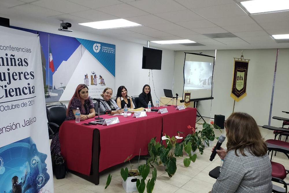 """ciclo de conferencias """"De niñas a mujeres de ciencia"""""""