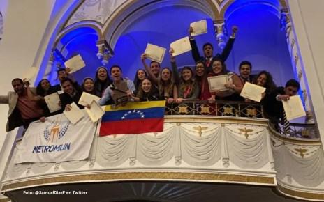 Estudiantes Unimet ganan en Harvard