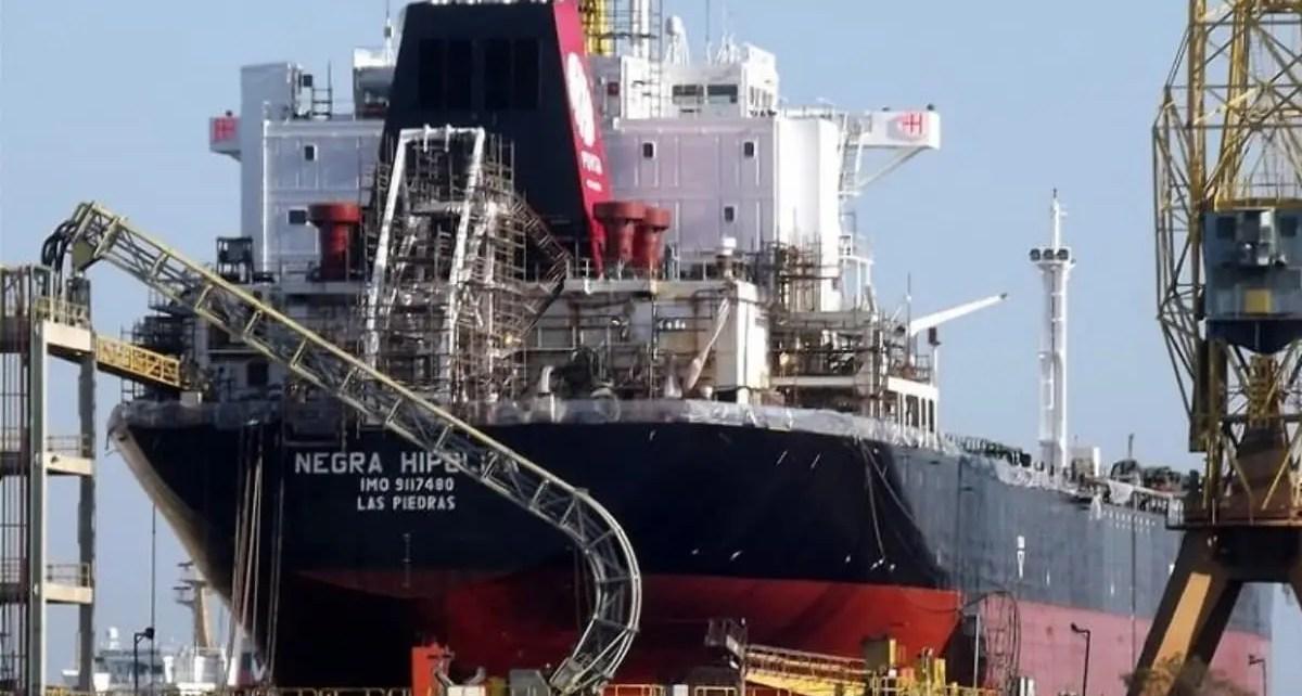 Barcos petroleros están en cuarentena por contagios de Covid-19 en tripulación