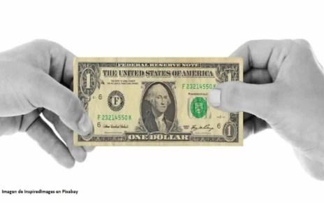 Dólar paralelo rumbo a los 450 mil bolívares