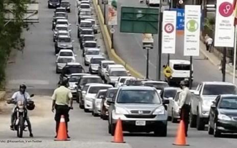 Varios puntos de control restring?an el ingreso a Caracas, se exigi? salvoconducto
