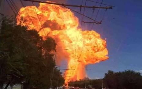 Explosi?n en estaci?n de servicio en Rusia deja 12 personas heridas. La explosi?n sse dio luego de que se incendiara una cisterna de gas.