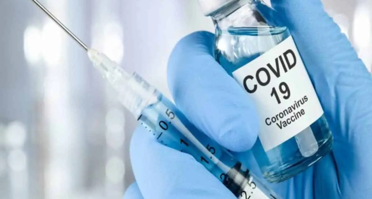 Pfizer y BioNTech solicitan autorización para comercializar la vacuna contra Covid-19