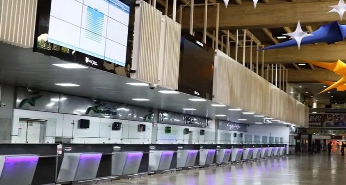 En el aeropuerto Simón Bolívar de Maiquetían realizan labores de adecuación a la nueva normalidad