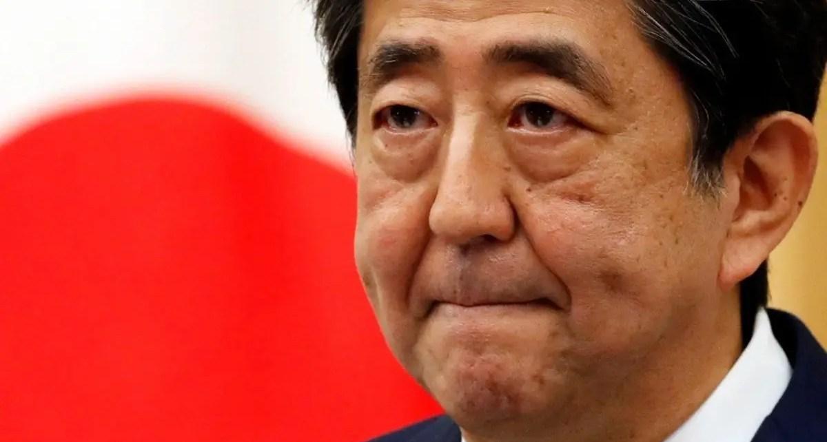 Shinzo Abe renunció al cargo de primer ministro por problemas de salud, tiene colitis ulcerosa