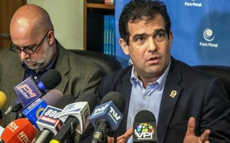 Alfredo Romero presidente de Foro Penal ofreció rueda de prensa tras los indultos para actualizar el balance de la ONG