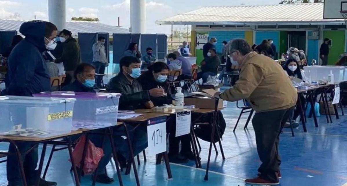El 79% de los chilenos aprueban en plebiscito la redacción de una nueva Constitución
