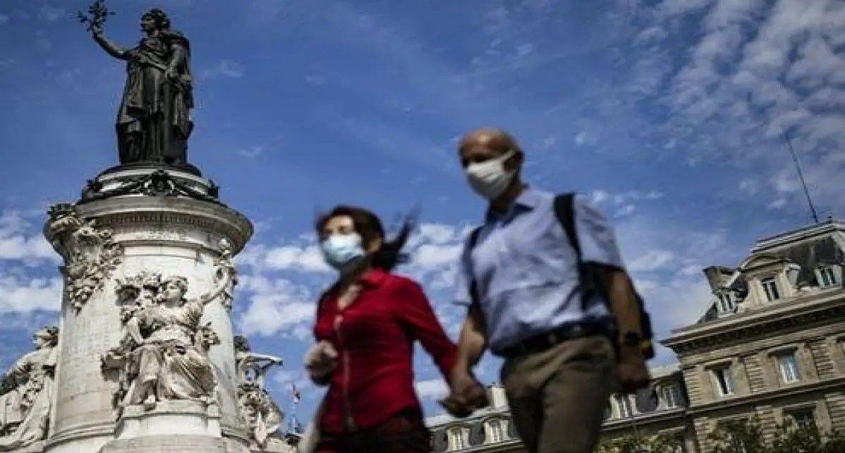 Preocupante aumento de casos de covid-19 en Europa insta a países a tomar nuevas previsiones