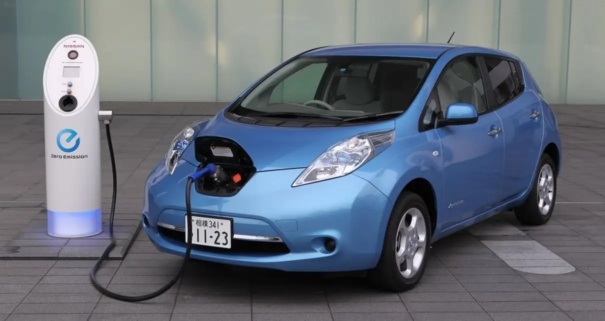 Ford abandonará la producción de vehículos a gasolina y diésel para el 2030 en Europa