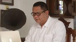 Silang Pendapat Gugus Tugas COVID-19 Surabaya Dengan Wawali