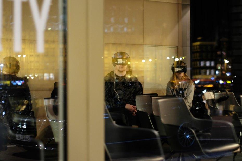 Intervenții cu realitatea virtuală în tratarea anxietății sociale