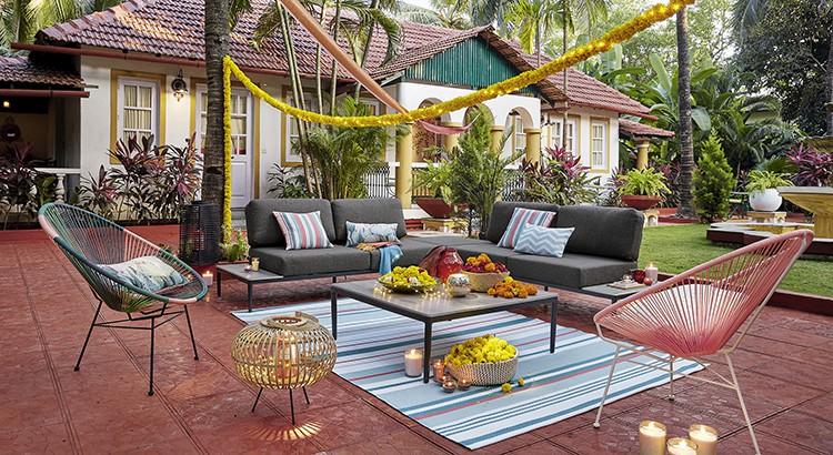 Tapis de jardin motifs noirs et blancs 180×270. Une Terrasse Accueillante Avec Les Nouveautes Maisons Du Monde