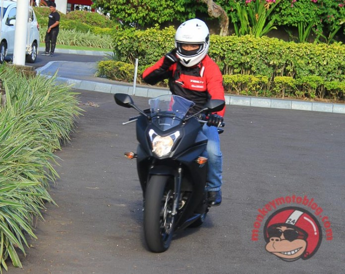 test ride Honda CBR650F