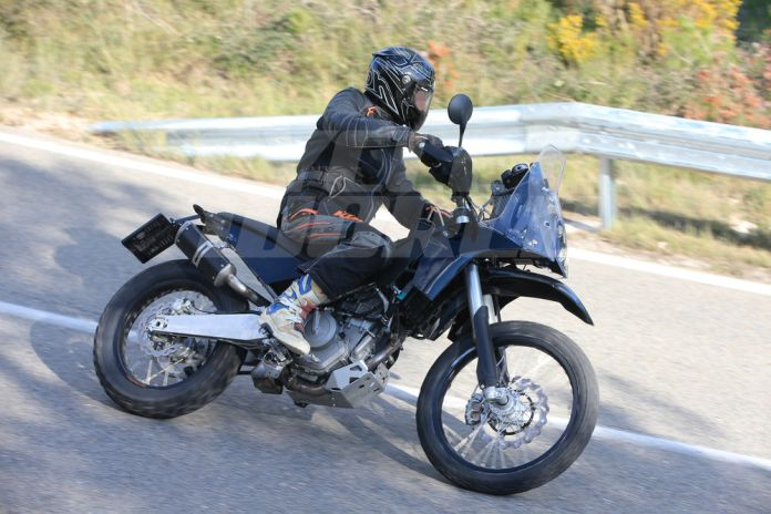 cw1216-ktm-390-adventure-spy-photo-006