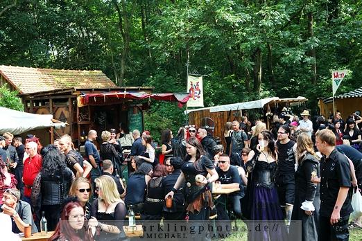 2011-06-11_WGT_-_Besucher_-_Bild_001x.jpg