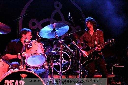 2011-11-01_Dead_Guitars_-_Bild_013.jpg