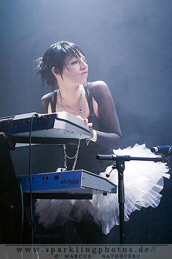 2011-11-05_UnArt_-_Metallspuerhunde_-_Bild_005.jpg