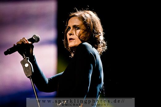 2011-12-17_NOTP_-_Alison_Moyet_-_Bild_006x.jpg