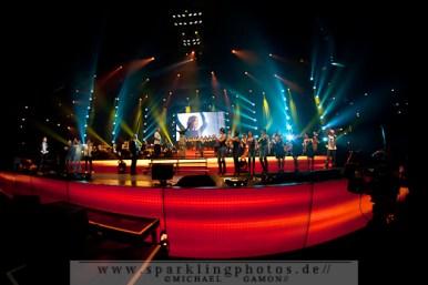 2011-12-17_NOTP_-_Alle_Artisten_-_Bild_006x.jpg