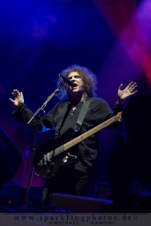 2012-06-22_The_Cure_-_Bild_044x.jpg