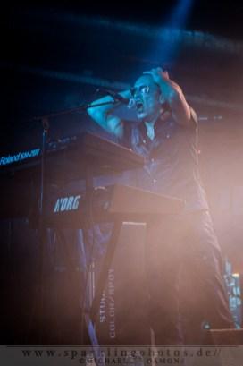 2012-09-14_DYR_-_The_Neon_Judgement_-_Bild_002x.jpg