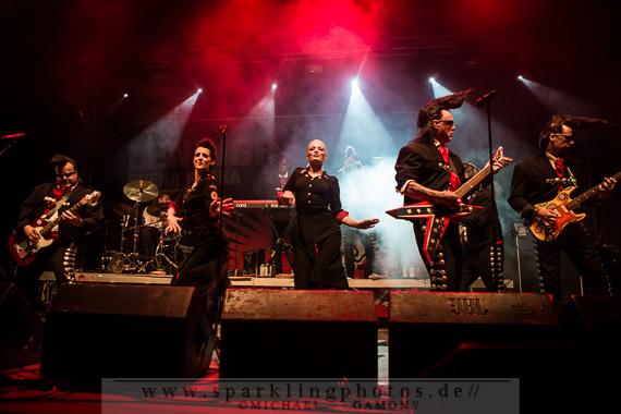 2013-07-12_Leningrad_Cowboys_-_Bild_003x.jpg