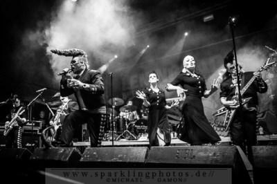 2013-07-12_Leningrad_Cowboys_-_Bild_009x.jpg