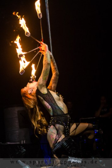 2013-09-21_TattooBash_2013_-_Fuel_Girls_Bild_023x.jpg