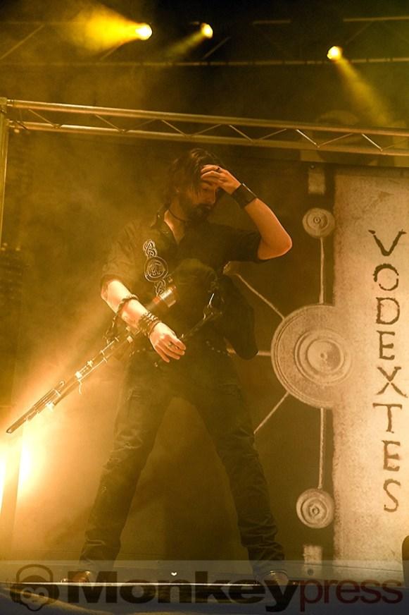 2015-10-27 Eluveitie - Bild 015