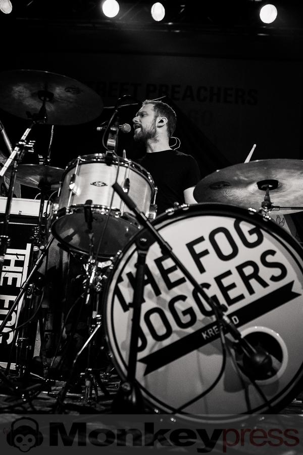 The Fog Joggers, © Michael Gamon