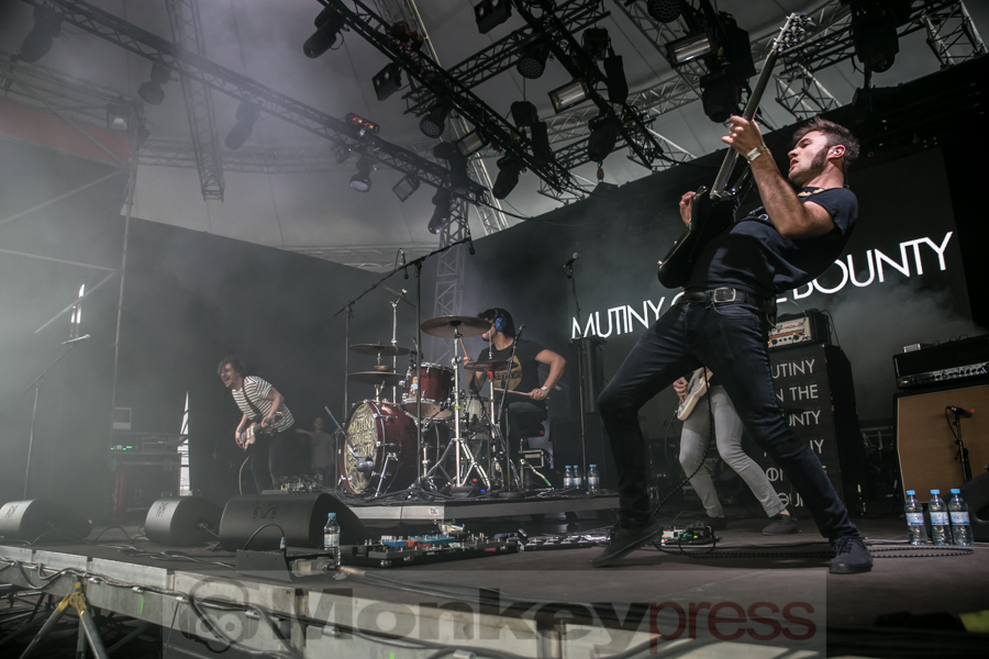 Mutiny On The Bounty Tour