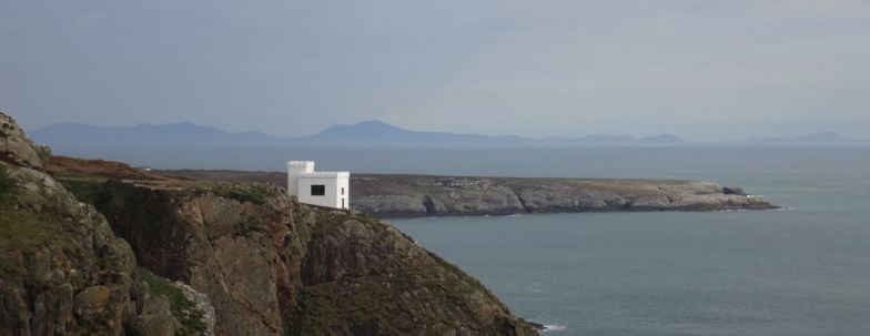 14.04 South Stack